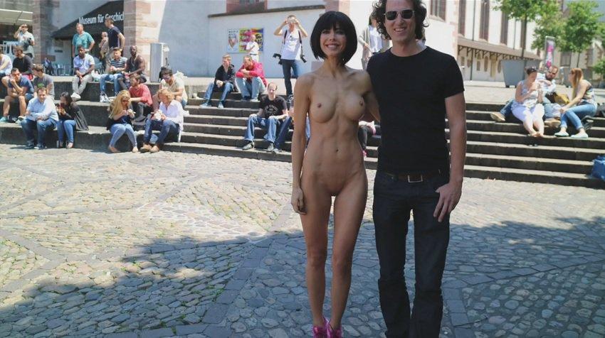milor-moire-nude-naked-selfies-24