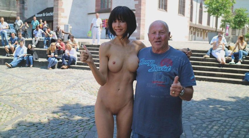 milor-moire-nude-naked-selfies-25