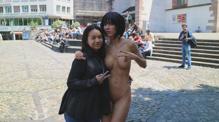 milor-moire-nude-naked-selfies-28