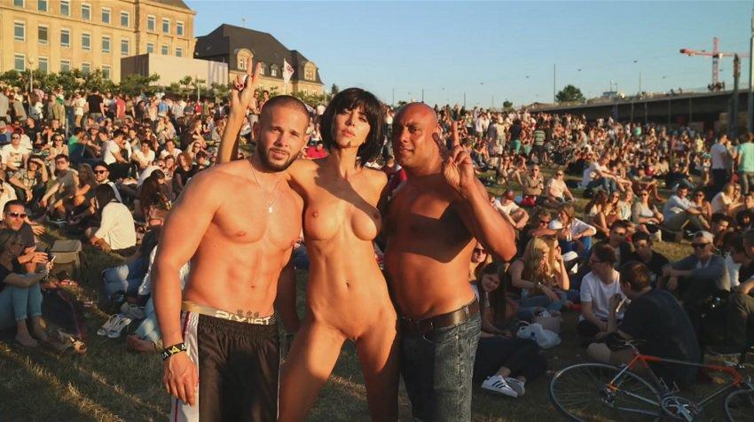 milor-moire-nude-naked-selfies-3