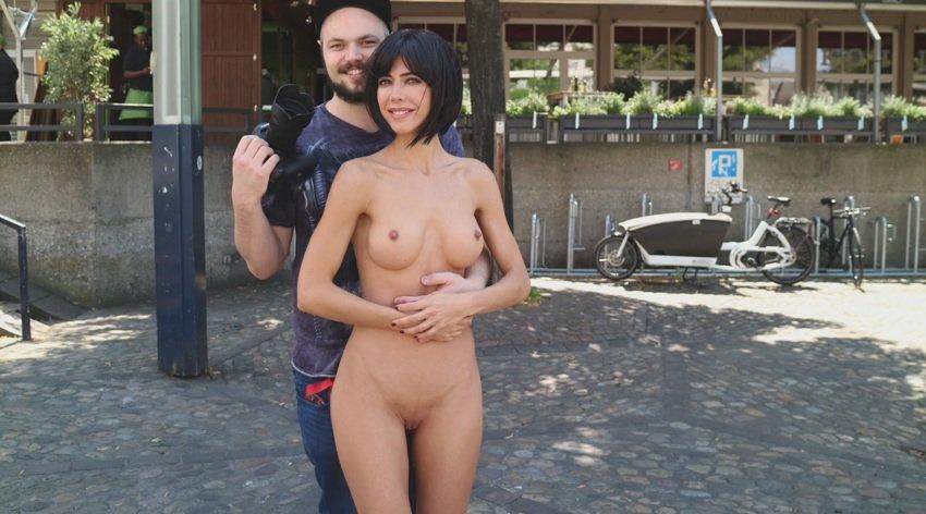 milor-moire-nude-naked-selfies-37