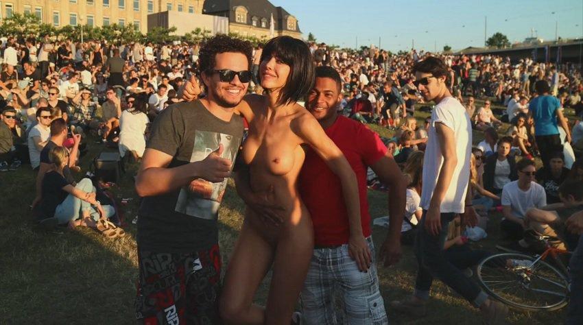 milor-moire-nude-naked-selfies-4