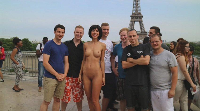 milor-moire-nude-naked-selfies-40