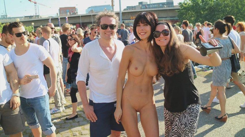 milor-moire-nude-naked-selfies-6