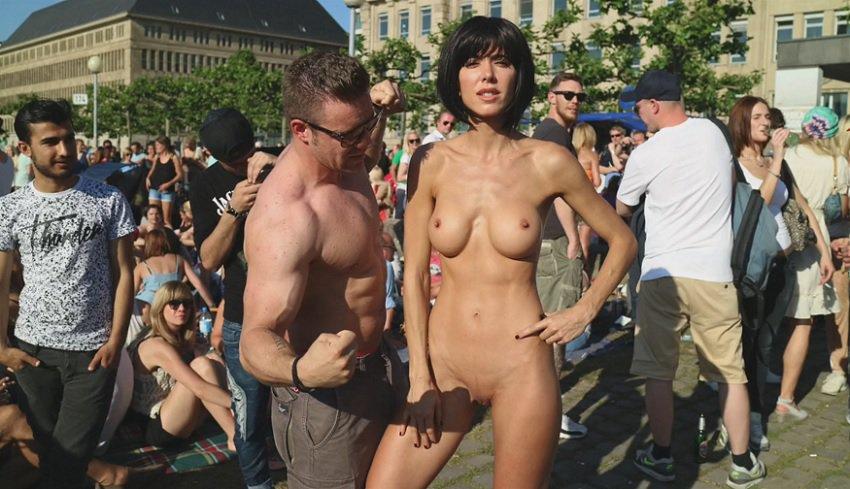 milor-moire-nude-naked-selfies-7