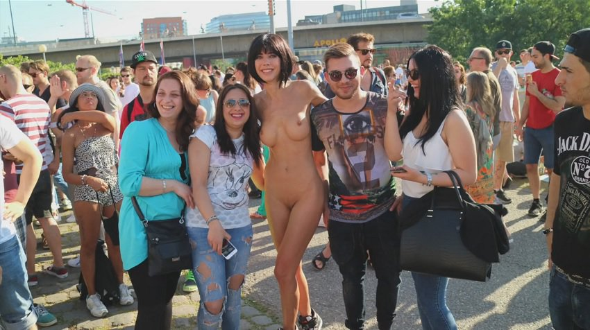 milor-moire-nude-naked-selfies-8