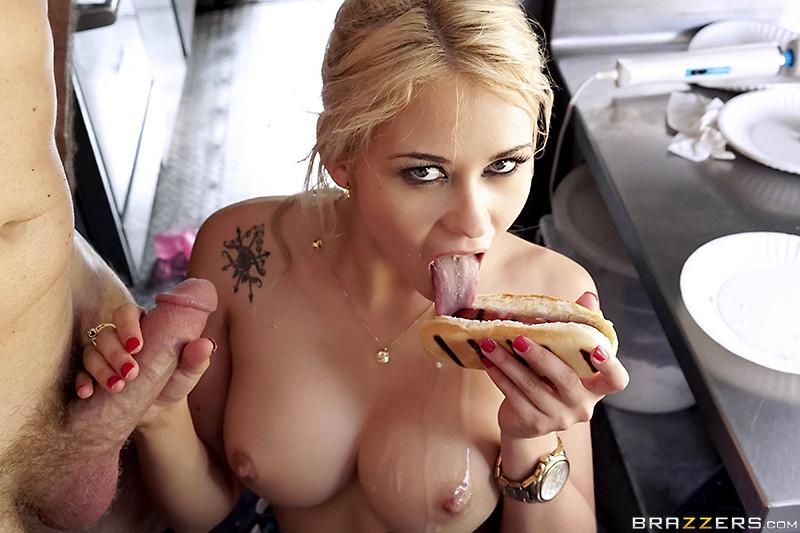 hot-blonde-girl-enjoys-her-sausage