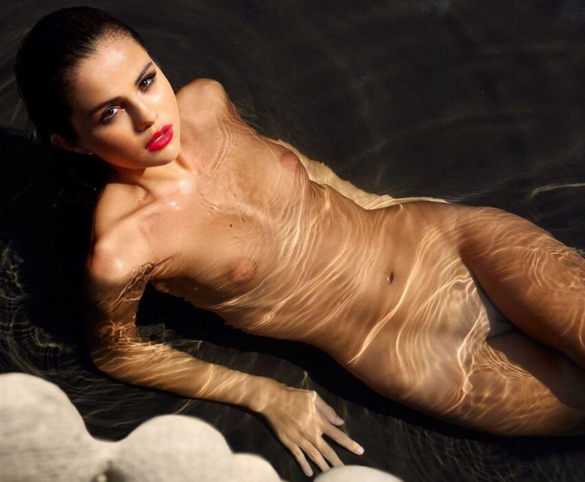 Selena gomas naked