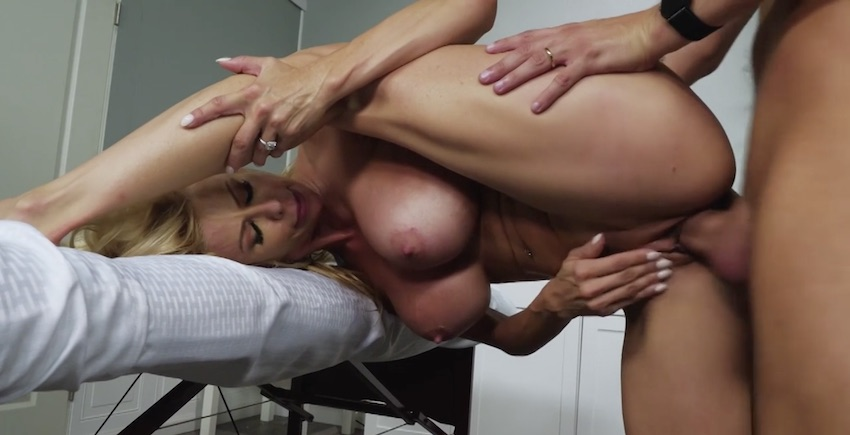sexy mother in law alexis fawx